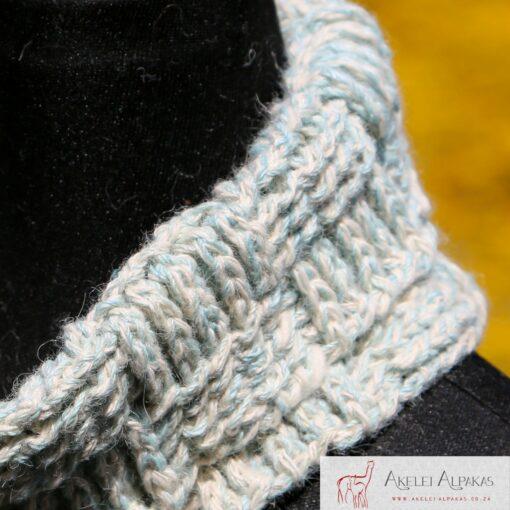 Alpaca Cowl Blue White